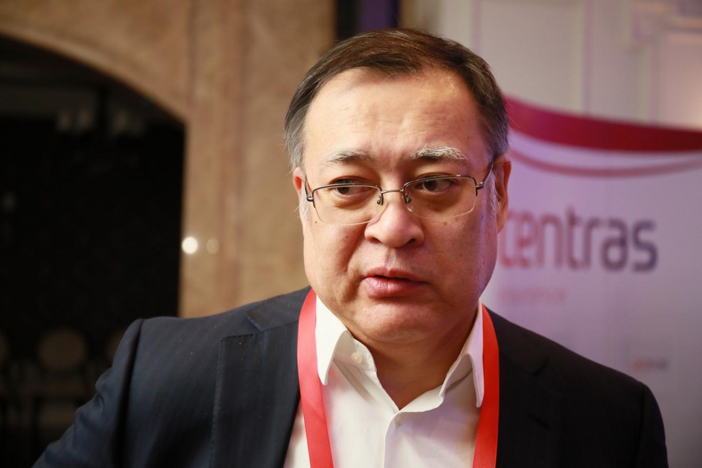 Азамат Джолдасбеков, финансист