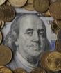 Средневзвешенный курс доллара на KASE - 376,09 тенге