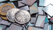 Средневзвешенный курс доллара на KASE - 447,67 тенге