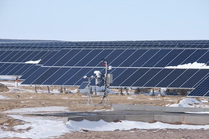 На фото: солнечная электростанция в Алматинской области <br>